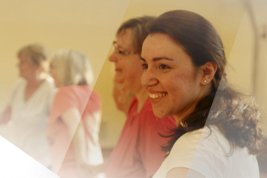 Portraitaufnahme von lachender Frau